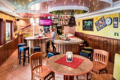 Gemütliche Hotelbar - Wanderlust Bar