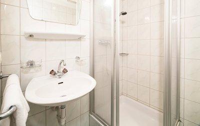 Badezimmer in den Standlhof Zimmern